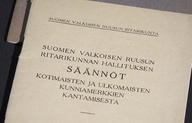 1940 Määräykset SVR:n kunniamerkkien antamisesta ja säännöt kunniamerkkien käyttämisestä